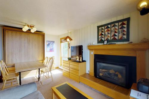 Boise Mountain Retreat (220 C) -  Vacation Rental - Photo 1