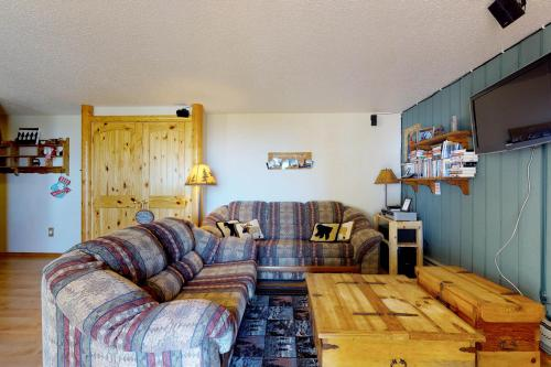 Buttercup Studio (233 E) - Boise, ID Vacation Rental