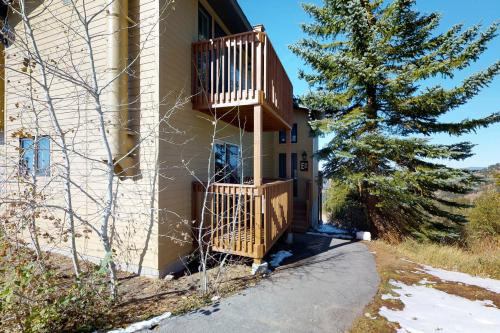 Silver Queen Studio (232 E) -  Vacation Rental - Photo 1