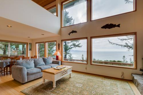 Cliffside Serenity -  Vacation Rental - Photo 1