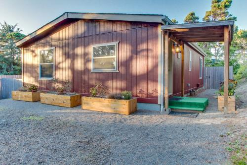 BLK Beach House - Florence, OR Vacation Rental