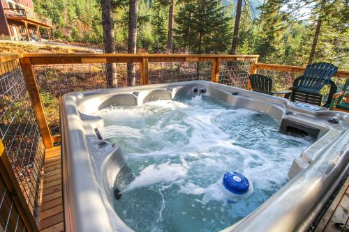 Russell Cabin -  Vacation Rental - Photo 1