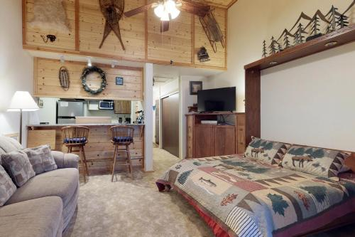 The Treehouse Condominium -  Vacation Rental - Photo 1