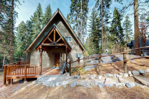 R&R Retreat - Shaver Lake, CA Vacation Rental