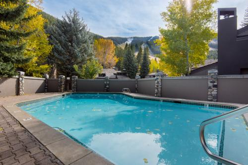 Warm Springs Creekside Studio -  Vacation Rental - Photo 1