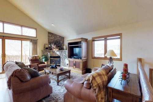 Elk Manor -  Vacation Rental - Photo 1