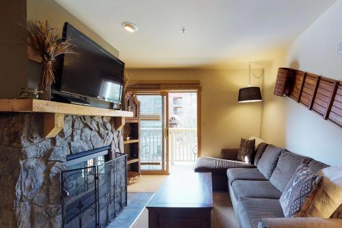 Cozy Keystone Getaway -  Vacation Rental - Photo 1