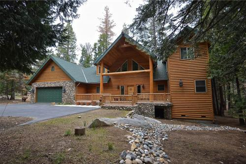 Pinnacle Point - Shaver Lake, CA Vacation Rental