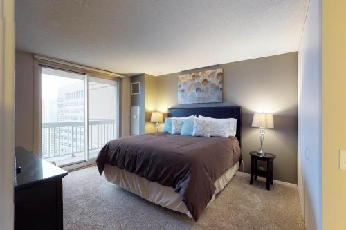 Grand Avenue Getaway - Chicago, IL Vacation Rental