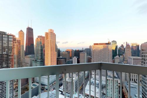 Fashionable on the 42nd Floor -  Vacation Rental - Photo 1