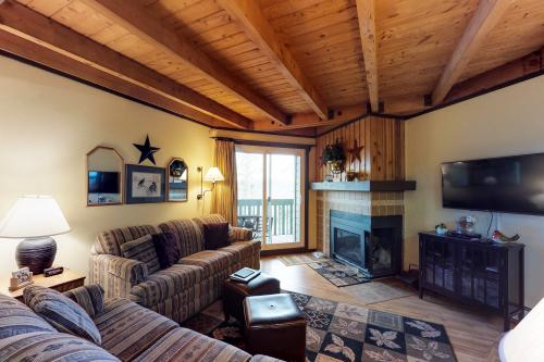 Treehouse 202 -  Vacation Rental - Photo 1