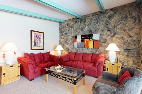 Lake Cliffe 307 -  Vacation Rental - Photo 1
