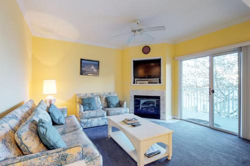 Astoria Ocean Retreat -  Vacation Rental - Photo 1