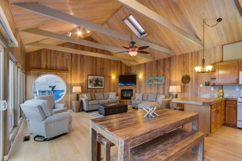 Zephyr Shore -  Vacation Rental - Photo 1