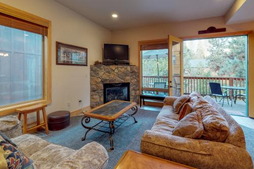 Bonanza Bunkhouse -  Vacation Rental - Photo 1