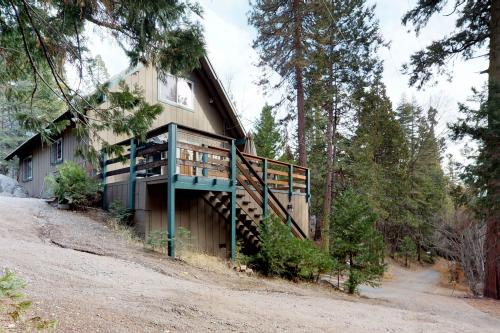 The Limit - Shaver Lake, CA Vacation Rental