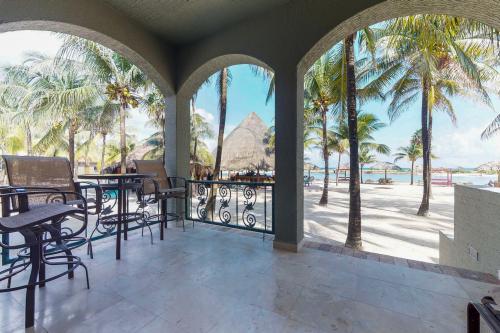Suite 403 @ Parrot Tree Resort -  Vacation Rental - Photo 1