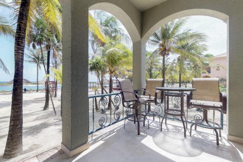 Suite 401 @ Parrot Tree Resort -  Vacation Rental - Photo 1