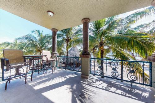 Suite 406 @ Parrot Tree Resort -  Vacation Rental - Photo 1