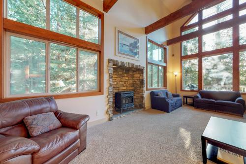 Alderhill - Shaver Lake, CA Vacation Rental