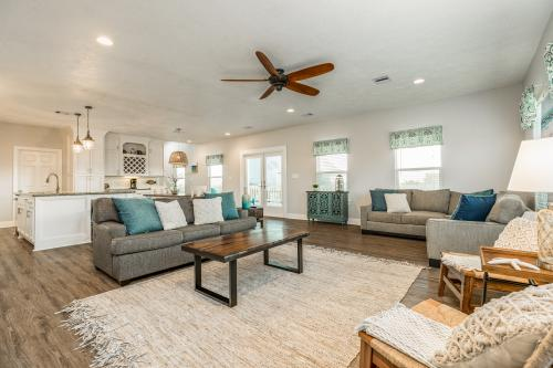 A Great View - Crystal Beach, TX Vacation Rental