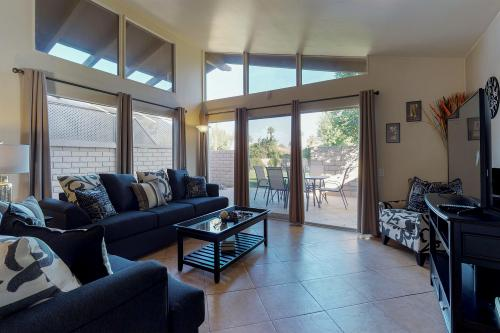 Condo Caliente - Indio, CA Vacation Rental