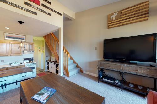 Dream Maker Loft  -  Vacation Rental - Photo 1