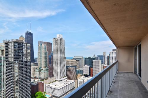 Windy City Luxury -  Vacation Rental - Photo 1