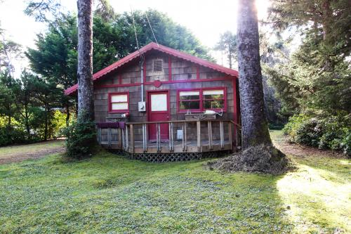 Woodland Cottage by the Sea - Yachats, OR Vacation Rental