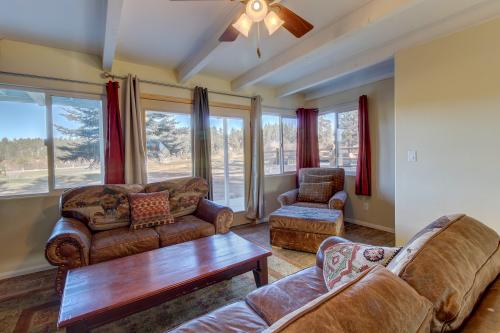 Bear Mountain Beauty -  Vacation Rental - Photo 1
