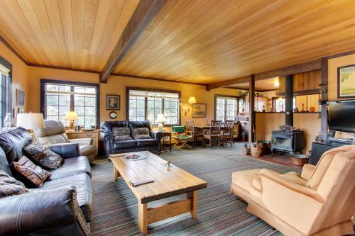 Historic Haystack Cabin -  Vacation Rental - Photo 1