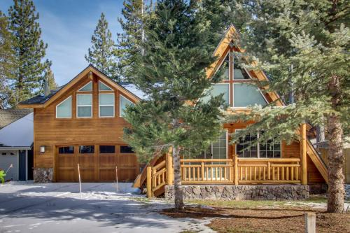 Everness Dawn Retreat* - South Lake Tahoe, CA Vacation Rental