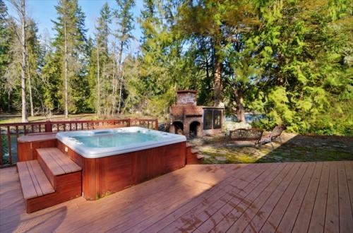 Molalla River Lodge - Molalla Vacation Rental