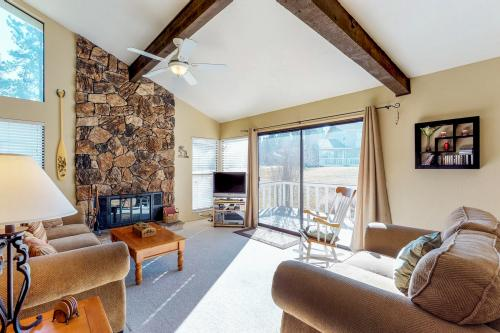 Blairsden Bright Spot - Blairsden, CA Vacation Rental