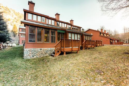 Aspen Meadows #11 -  Vacation Rental - Photo 1