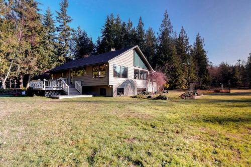 Meadows and Mountain Retreat - Port Angeles, WA Vacation Rental