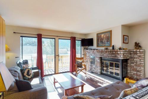 Interlaken Condominium #33 - June Lake, CA Vacation Rental