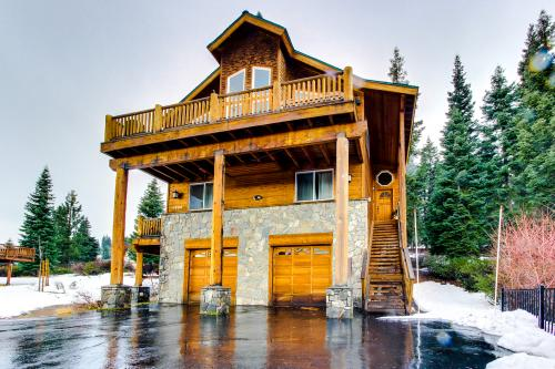 Luxury Meets Rustic At This Tahoe - Donner Home - Truckee Vacation Rental