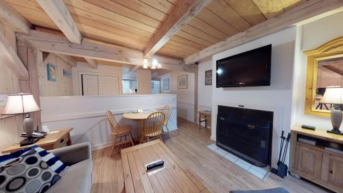 Island Inn - 29G -  Vacation Rental - Photo 1