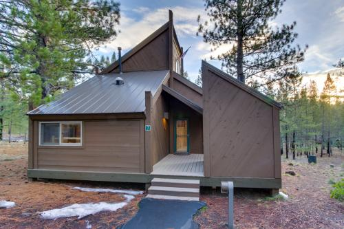 7 Pole House on Overlook Drive - Sunriver Vacation Rental