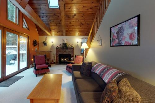Bridgton Hideaway - Bridgton, ME Vacation Rental