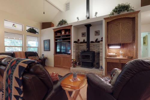Whispering Pines -  Vacation Rental - Photo 1