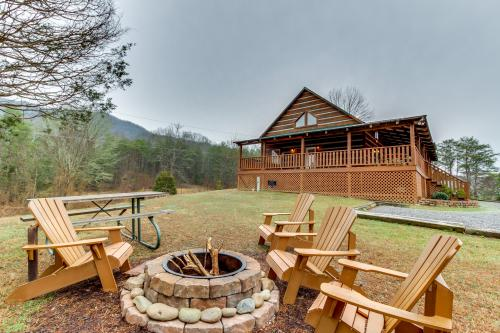 Twin Cub Lodge Cabin -  Vacation Rental - Photo 1