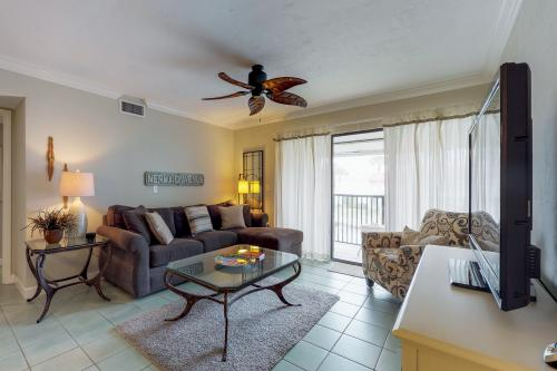 Hawk's Nest - Bradenton Beach, FL Vacation Rental