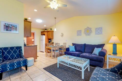 A Sunset Dreamer West -  Vacation Rental - Photo 1