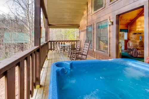 Evening Shade Cabin - Pigeon Forge, TN Vacation Rental