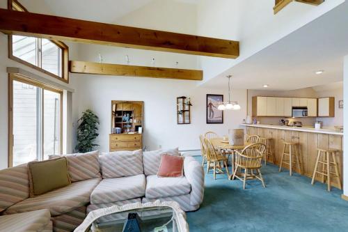 Ludlow Vacation Rentals House Rentals Vacasa