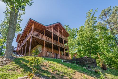 discounted chalets cabin tn gatlinburg rentals and in pigeon very private cabins msind secluded