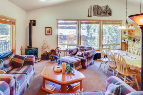 Wanda Family Retreat -  Vacation Rental - Photo 1