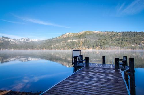 Donner Lakefront Retreat - Truckee, CA Vacation Rental